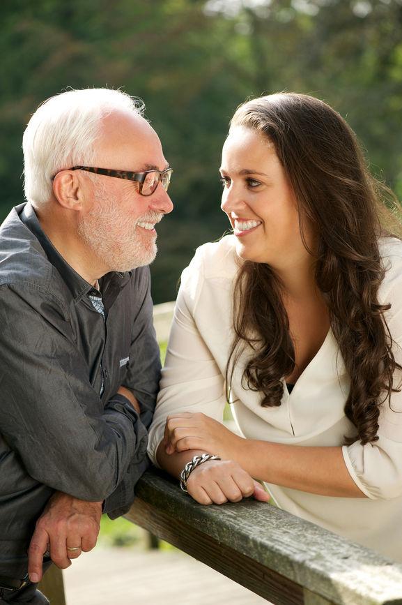 Cunoștință fără obligație cu o femeie, Matrimoniale Femei Cu Nr De Tel Pentru Casatorie