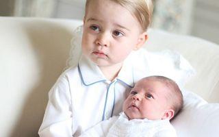 Doi frăţiori adorabili: Imagini emoţionante cu Prinţul George şi Prinţesa Charlotte