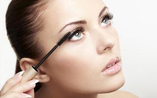 Frumuseţe. 5 trucuri de machiaj care te vor ajuta să ai gene lungi şi dese