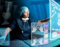 Diagnosticul in vitro, beneficii maxime pentru pacient şi autorităţile sanitare