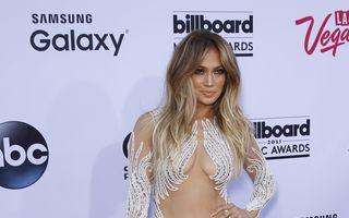 Modă. Jennifer Lopez, 7 ţinute şocante şi sexy. Ce a purtat?