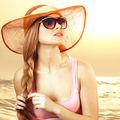 Frumuseţe. 30 de coafuri ideale pentru o zi la plajă. Încearcă-le!