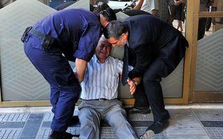 Falimentul unui mod de viaţă: Tragedia greacă în cele mai dramatice imagini