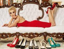 Modă. 6 trucuri pentru ca pantofii tăi să arate ca noi cât mai mult timp
