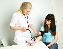 Sănătate. Hipertensiunea arterială, vara! La ce trebuie să fii atentă?