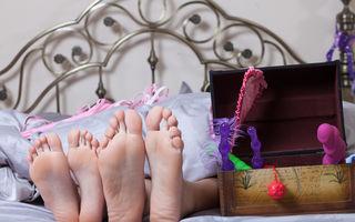 Sex. 5 poziţii erotice pe care le puteţi pune în practică folosind un vibrator