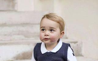 Familia regală britanică: Prinţul George a fost hărţuit de paparazzi