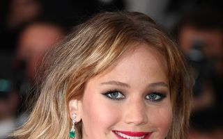 Jennifer Lawrence, cea mai bine plătită actriţă din lume