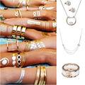 Aurii sau argintii? Cum purtăm aceste bijuterii împreună?!