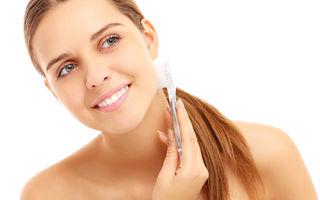 Frumuseţe. 4 metode de exfoliere facială pe care trebuie să le încerci