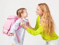 Sănătate. Cum să alegi ghiozdanul potrivit pentru copilul tău? Sfatul expertului