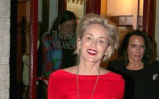 "Lady in red: Sharon Stone arată la 57 de ani ca-n ""Basic Instinct"""