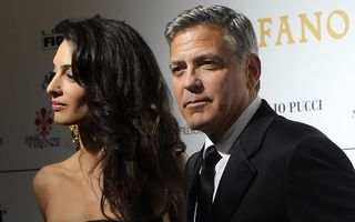 """George Clooney, un """"soţ-trofeu"""" pentru Amal Clooney"""