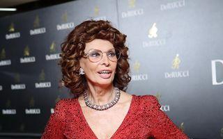 Mereu numărul 1: Sophia Loren, într-o reclamă Dolce & Gabbana, la 81 de ani