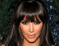 Kim Kardashian și-a pierdut virginitatea la 14 ani