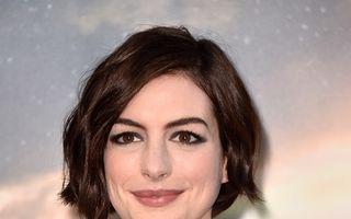 Anne Hathaway este însărcinată