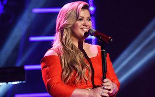 Kelly Clarkson va avea un băieţel
