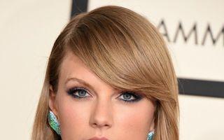 Taylor Swift dă în judecată un DJ pentru că i-a pus mâna pe fund