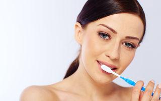 Sănătate. 4 situaţii în care periajul dinţilor poate să fie nociv