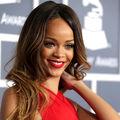 Rihanna lansează produse pe bază de marijuana