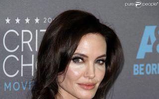 Angelina Jolie e fericită că îmbătrâneşte