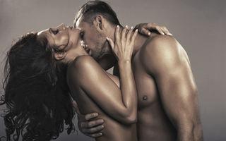 Sex. 5 exerciţii de yoga care pot fi transformate în poziţii erotice