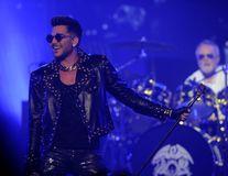 Astăzi se pun în vânzare biletele pentru concertul Queen + Adam Lambert