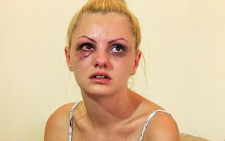 Alexandra Stan îi cere daune de un milion de euro impresarului bătăuș