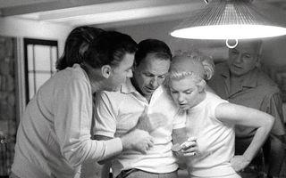 Imagini în premieră: Cum se distrau Frank Sinatra şi Marilyn Monroe în anii '60