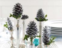 Casa ta. 30 de aranjamente decorative pentru masa de Crăciun. Inspiră-te!