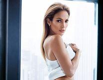 Jennifer Lopez, secretele siluetei perfecte la 46 de ani