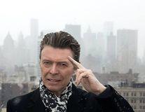 David Bowie s-a stins în pace. Rămânem cu muzica lui nemuritoare