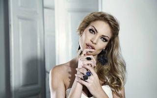 """Valentina Pelinel: """"Îmi pare rău că nu s-a întâmplat mai devreme"""""""