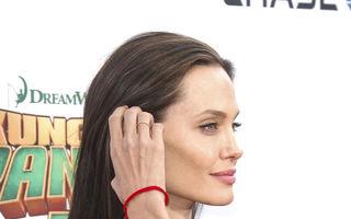 Angelina Jolie, îngrijorător de slabă
