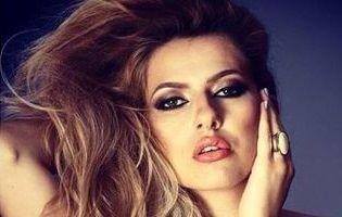 Lidia Buble mai are de aşteptat până la divorţul lui Răzvan Simion