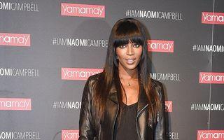 """Irezistibilă la 45 de ani. """"Pantera"""" Naomi, spectacol de frumuseţe şi eleganţă"""