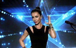 """Mihaela Rădulescu, mereu pe drumuri: """"Trăiesc într-o ţară, iubesc în alta"""""""