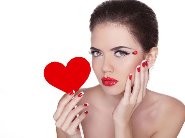 Frumuseţe 50 De Manichiuri Perfecte Pentru Ziua îndrăgostiţilor