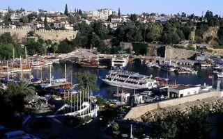 In luna februarie ai discounturi de pana la 50% la charterele catre Antalya
