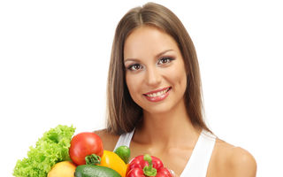 Sănătate. Ce trebuie să conţină dieta care te scapă de acnee?