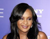 Un judecător autorizează difuzarea autopsiei fiicei lui Whitney Houston