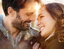 8 Martie: Ce calităţi caută bărbaţii din România la partenera lor şi de ce se tem aceştia într-o relaţie
