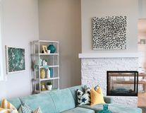 Casa ta. Cum să-ţi decorezi livingul în nuanţe de albastru. 50 de imagini