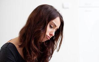 Cum combaţi depresia prin alimentaţie: Mănâncă fibre şi scapă de zaharuri!