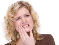 Sănătate. Ce boli riscăm dacă nu tratăm afecţiunile dentare?