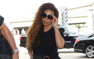 Janet Jackson îşi amână turneul, pe motiv că ar fi însărcinată