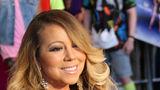 Mariah Carey şi-a asigurat vocea şi picioarele pentru 70 de milioane de dolari