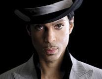 A murit Prince. Cântăreţul avea 57 de ani