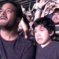 Video emoţionant. Un băiat cu autism izbucneşte în plâns la un concert Coldplay