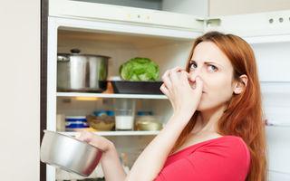 Cum elimini mirosul neplăcut din frigider! 4 soluţii